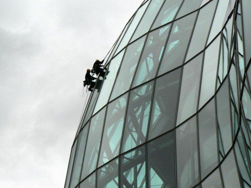 Trabajos verticales en fachada singular