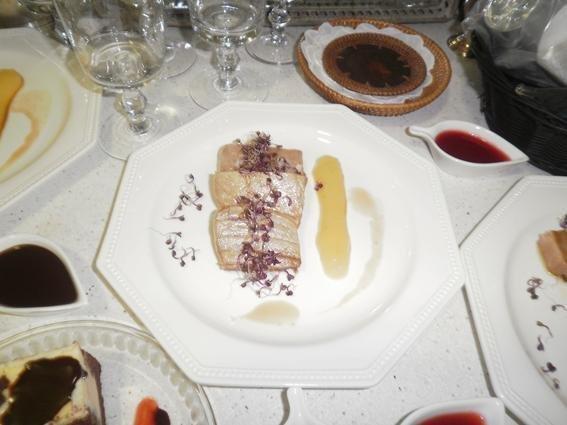 Atún teriyaki con crema de manzana