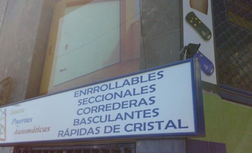 Fachada Tienda-Exposición