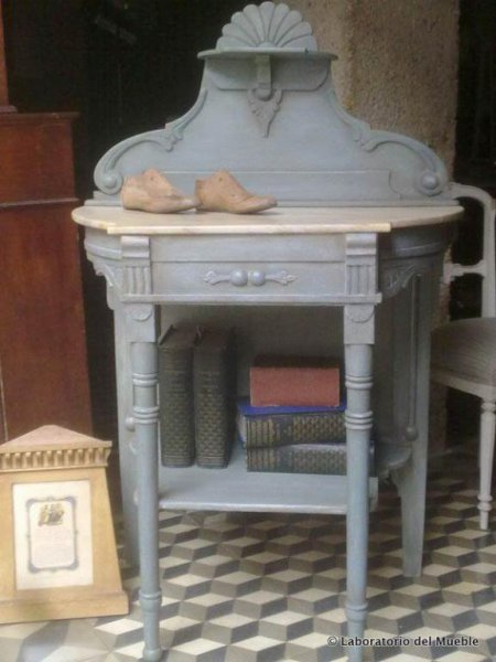 Mesita antigua Chalk Paint