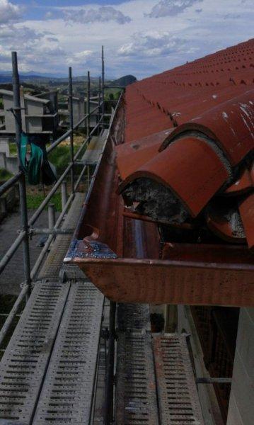 Sustitucion de canalon de gran capacidad en Bezana