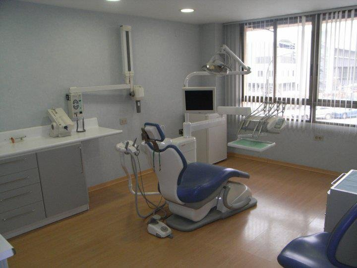 Clínicas Breva Dental