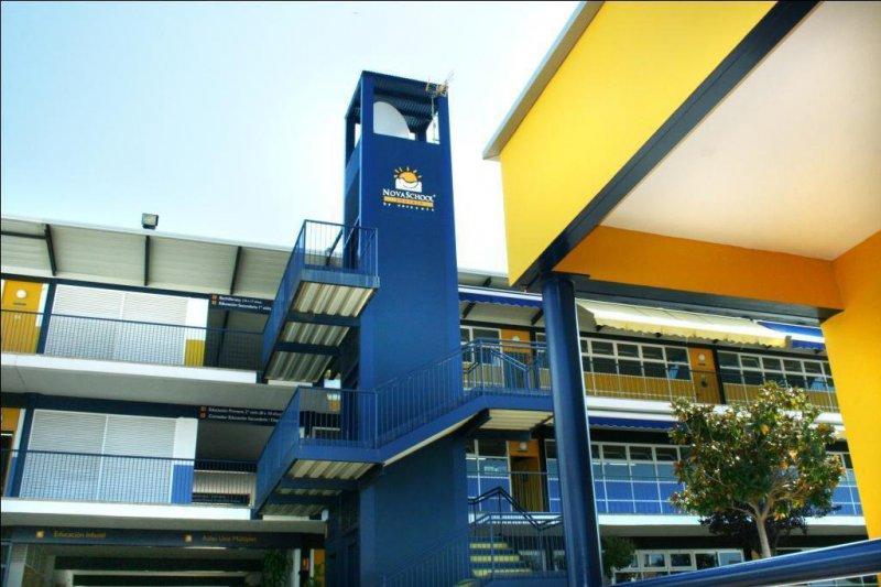 Fachada colegio Novaschool Añoreta