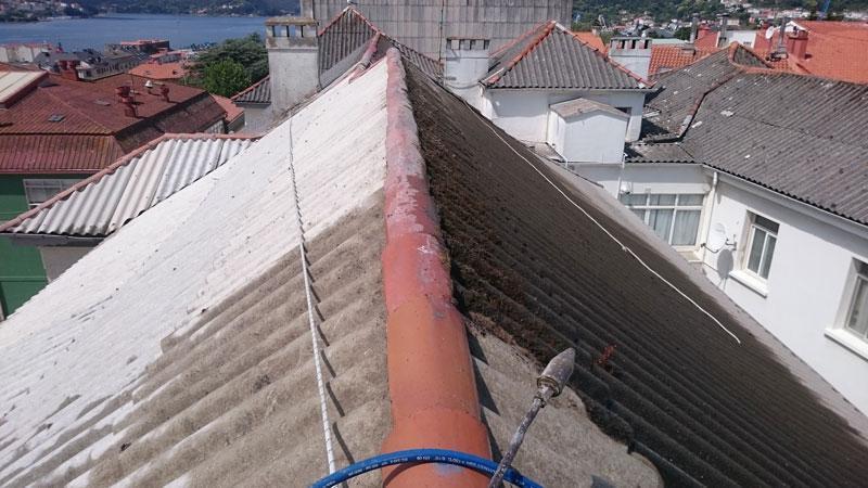 Coruver proceso de limpieza de tejado