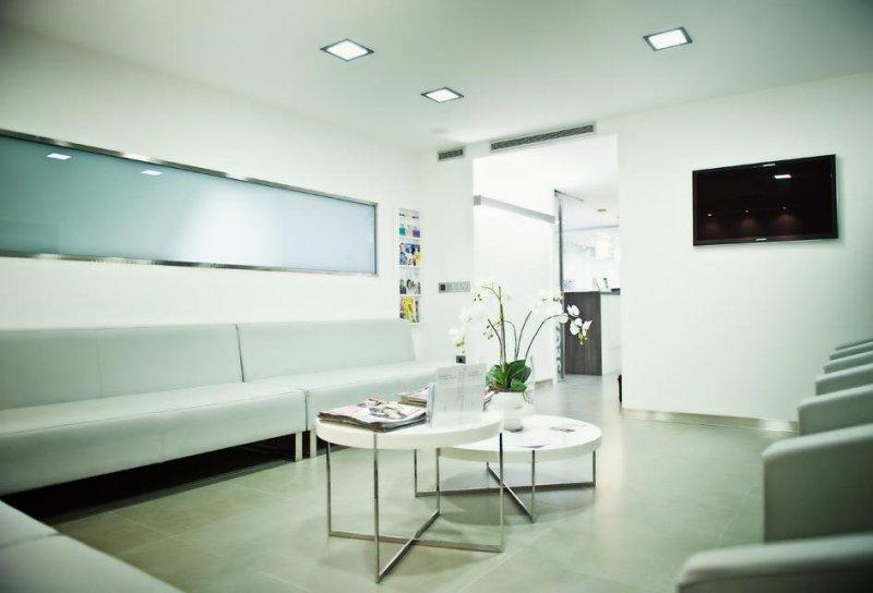 Vista general clínica dental Segarra Vidal