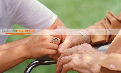 ayuda domicilio cuidado mayores