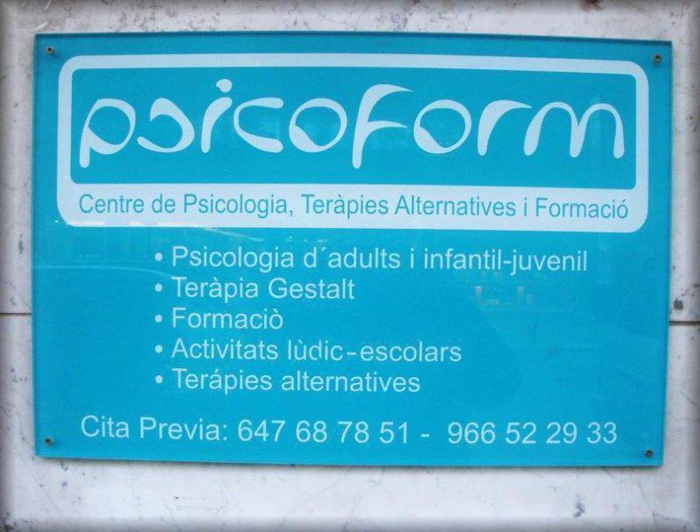 Psicoform es un centro de psicología aplicada en el que un equipo de profesionales realizan diferentes funciones, siempre al servicio de la población y atendiendo a las necesidades de cada colectivo