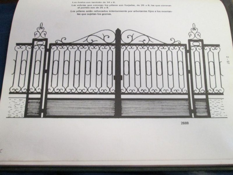 puerta entrada hierro artesania en fragua