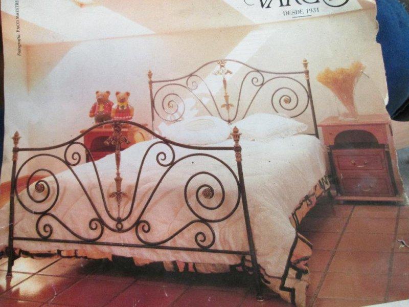 cabezeros y pies para camas de hierro artesania en fragua y remates de laton