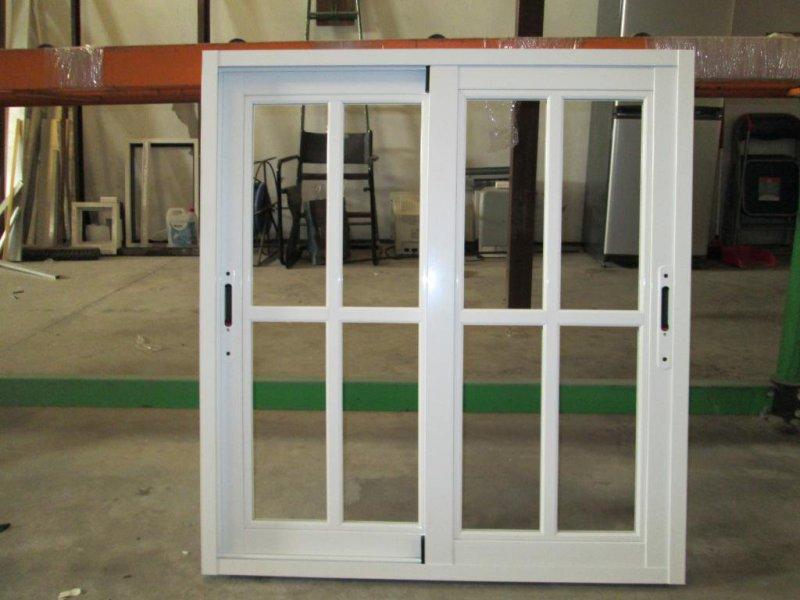 ventana aluminio corredera con palilleria