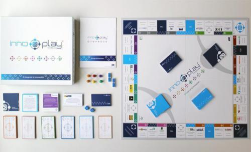 INNOPLAY - IAT (Innovación y Tecnología). Diseño de logotipo e identidad para juego con temática relacionada con el emprendimiento y la creación de empresas.