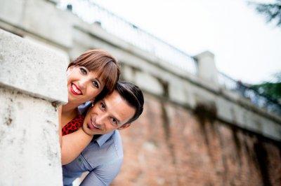 Si contratas tu boda con nosotros <u>antes de fin de año</u>, te regalamos una <b>Preboda o Postboda</b>.