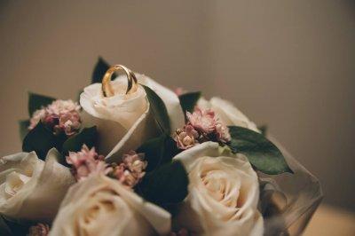 SergioErrePhoto es un equipo de fotógrafos que entienden el arte de la fotografía de bodas de una manera diferente e innovadora, siempre buscando ese ángulo imposible. Con una fotografía natural, fresca y sencilla hace de sus reportajes de boda la mejor m