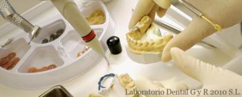 Laboratorio Dental G y R