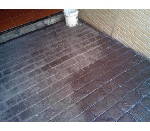 Recuperación del color pavimentos de Hormigón Impreso.