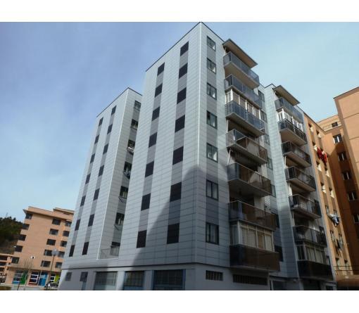 Renovación de fachada en edificio de viviendas