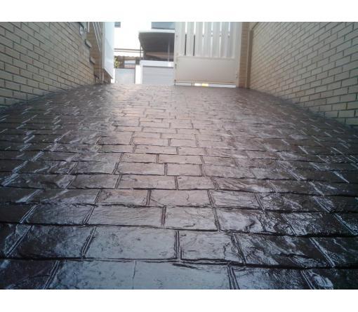Recuperación del color y protector sobre pavimentos de hormigón Impreso.